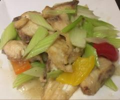 西芹魚片(事先預訂)